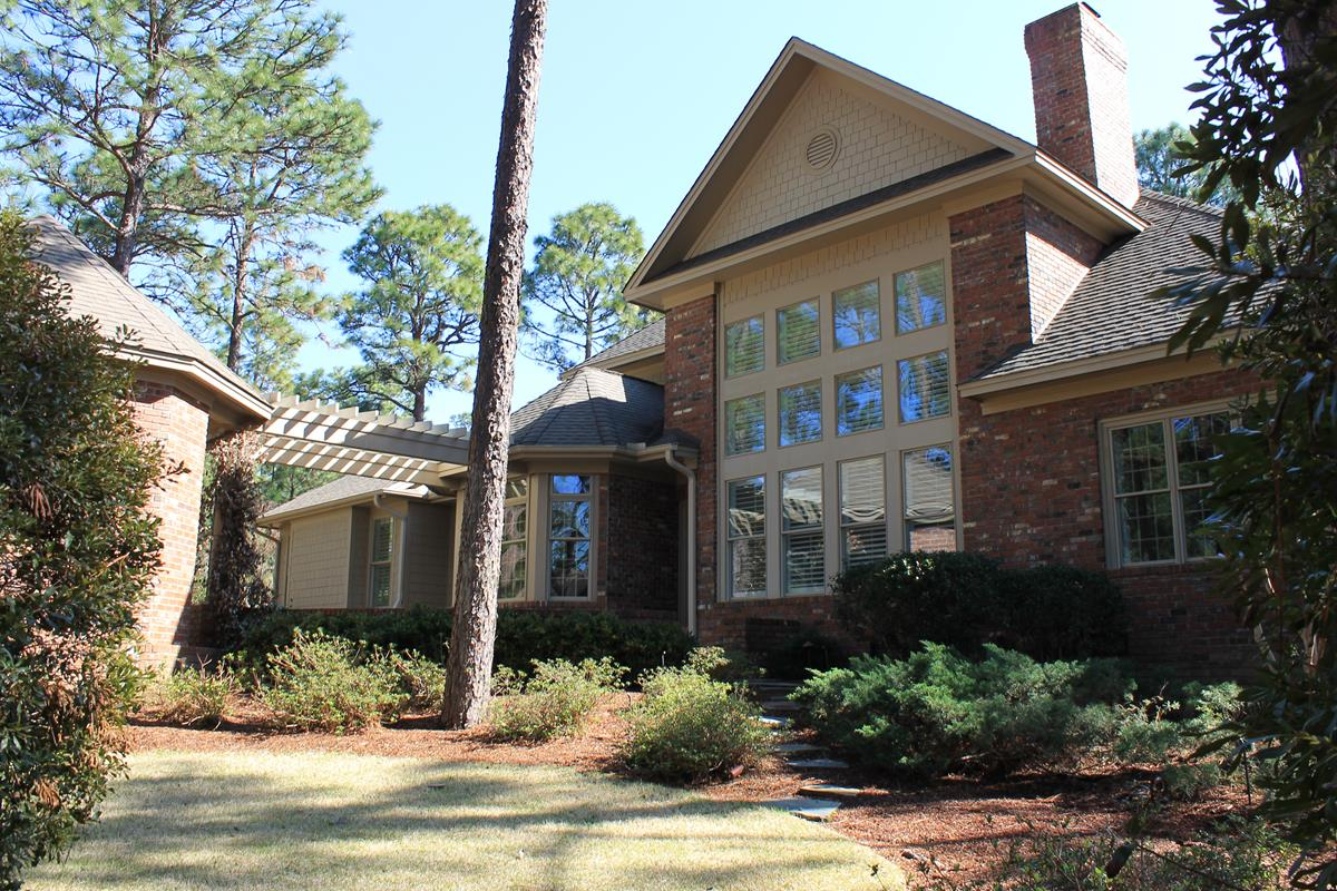 50 Hearthstone Drive in Fairwoods on Seven in Pinehurst